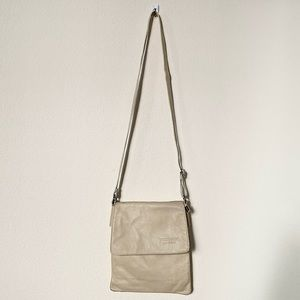 Vera Pelle Made in Italy Leather Crossbody Bag